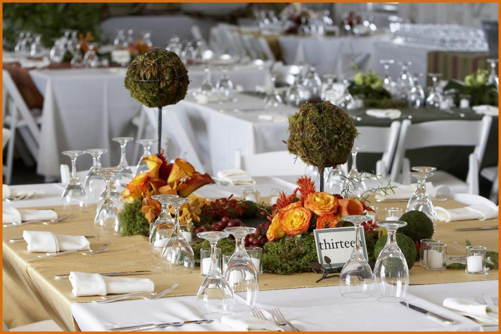 A beautiful wedding table setting