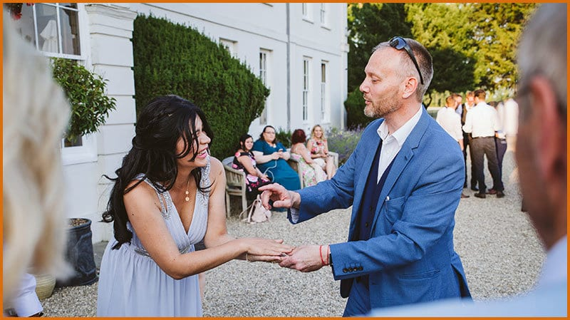 Berkshire Magician Performs At Wedding
